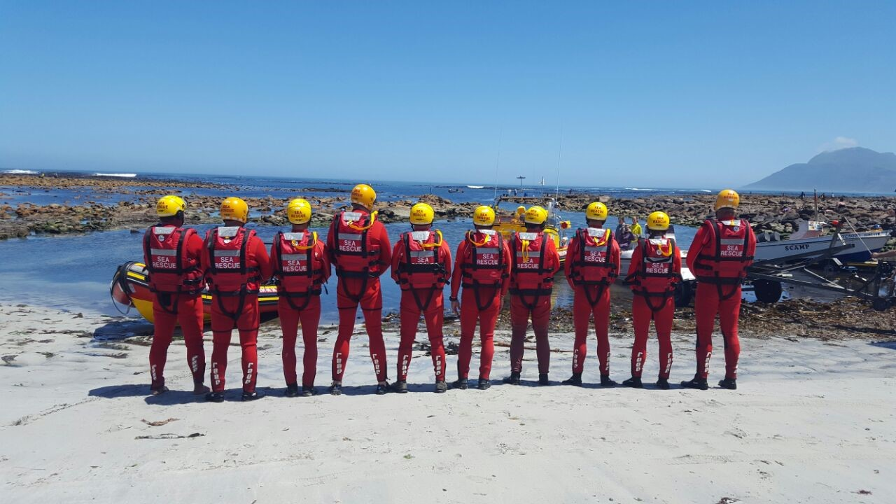 Pic:: Sea Rescue Kommetjie - on standby during crayfish season
