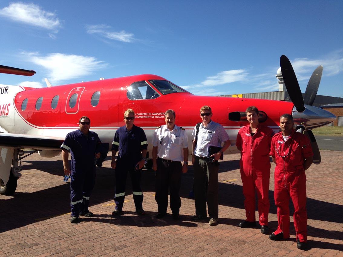 Darren Zimmerman, Robert Fine, FO Alburtus, Captain Robin Richardson, and AMS flight paramedics.