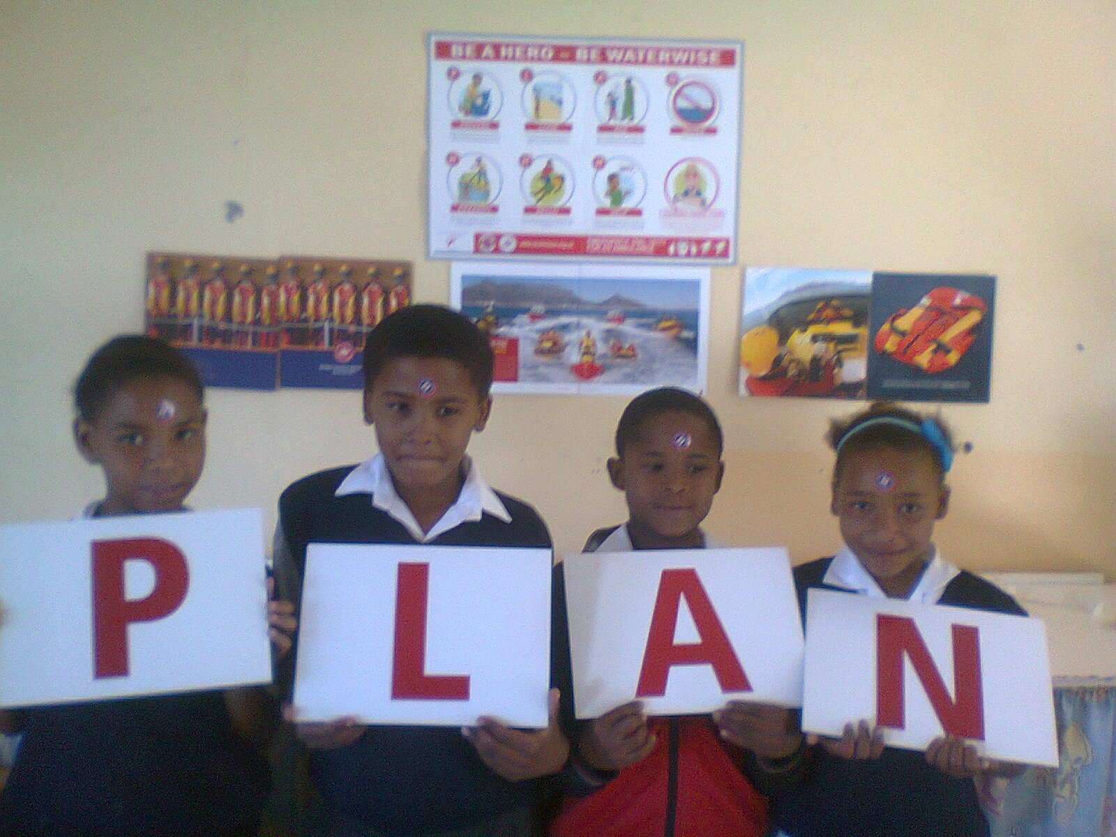 Bergendal children learn the WaterWise PLAN.