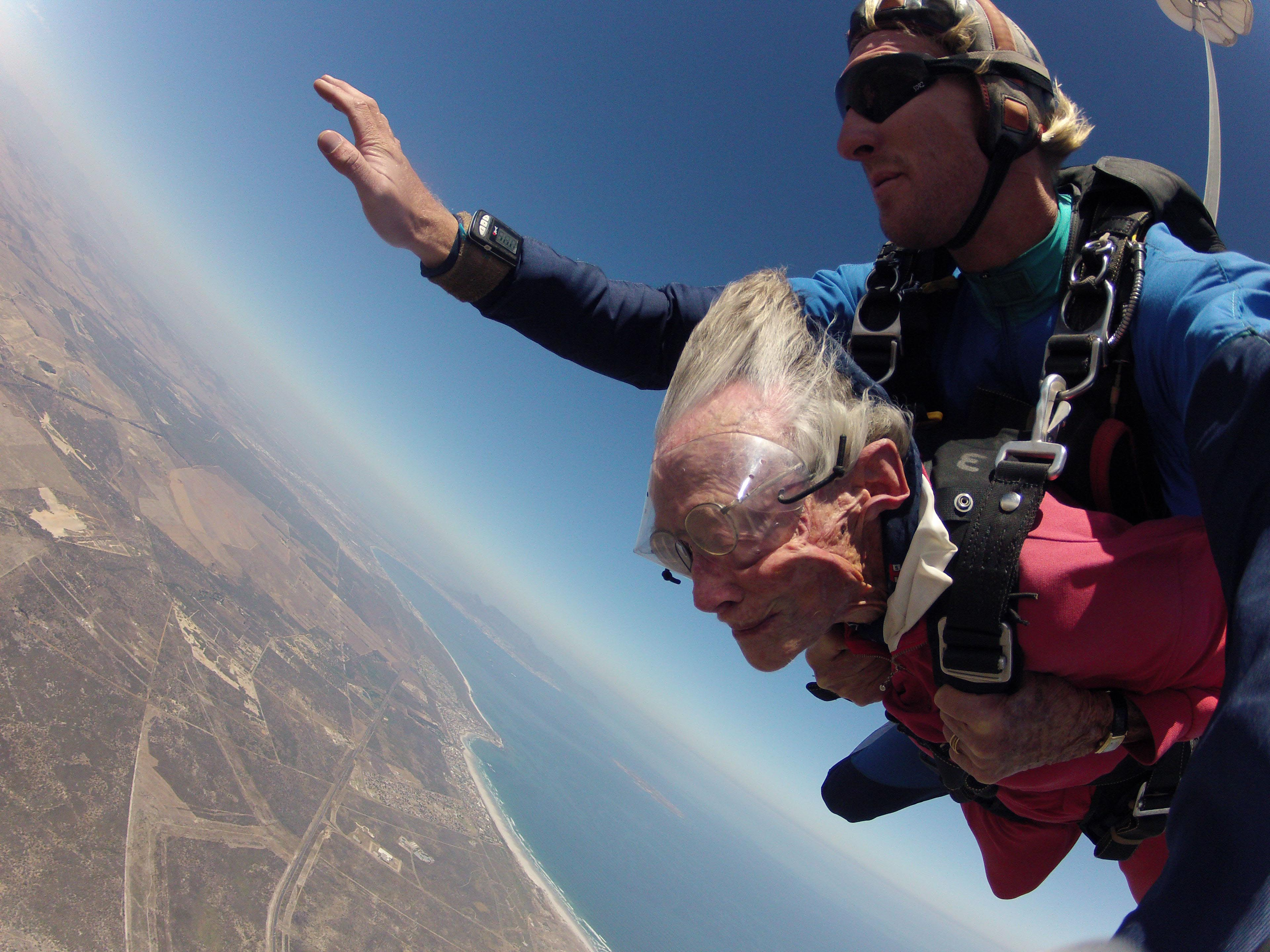 Georgina and her tandem master Jason Baker in free fall ...