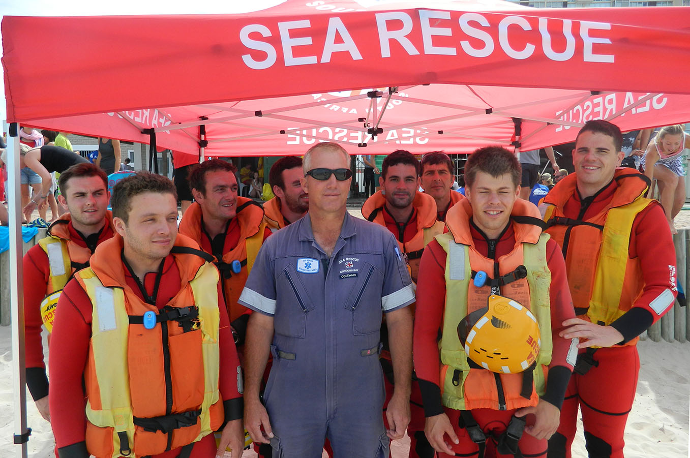 The NSRI team who helped during the day.