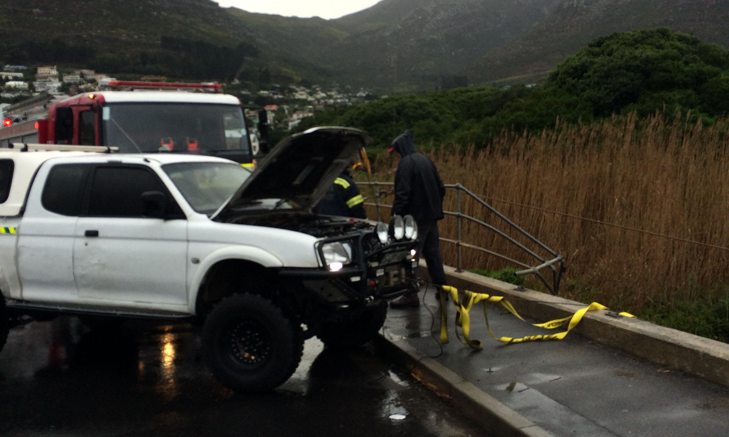 Hout Bay NSRI respond to car in the Disa River.