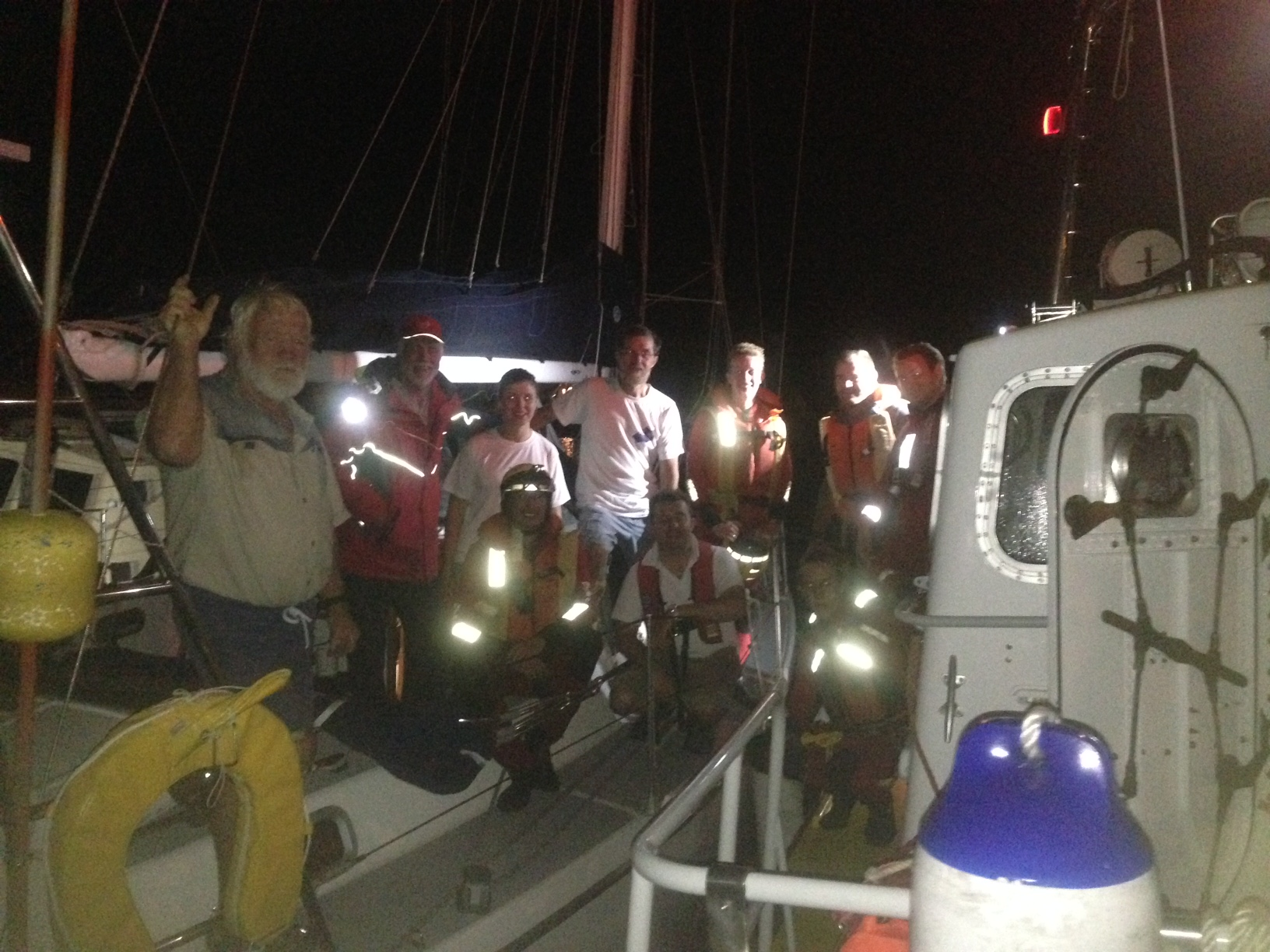 The crew of TALLULAH with Hout Bay NSRI volunteers.