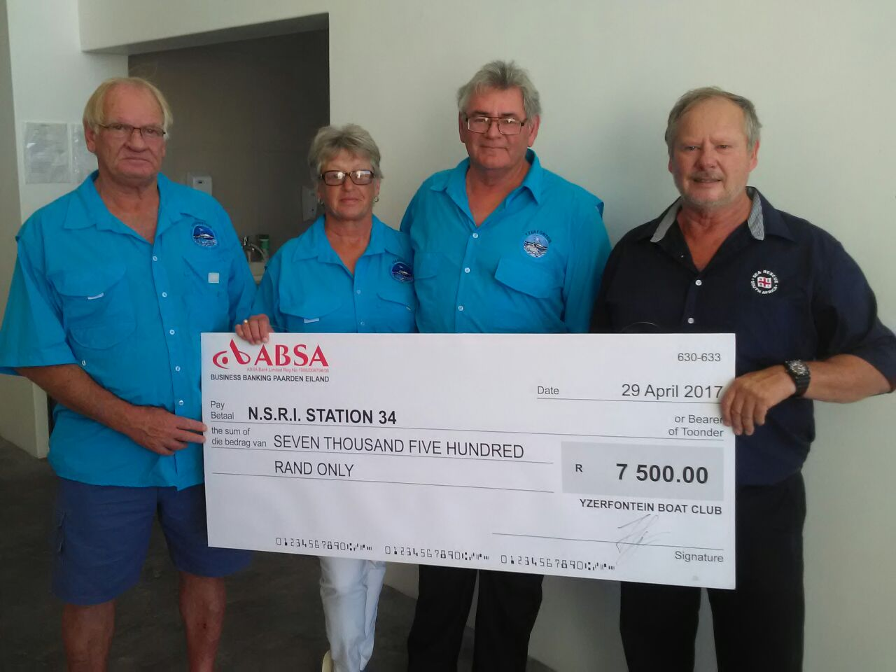 The Yzerfontein Ski Boat Club presented a donation of R7 500.00 Thank you so much for your kind support.