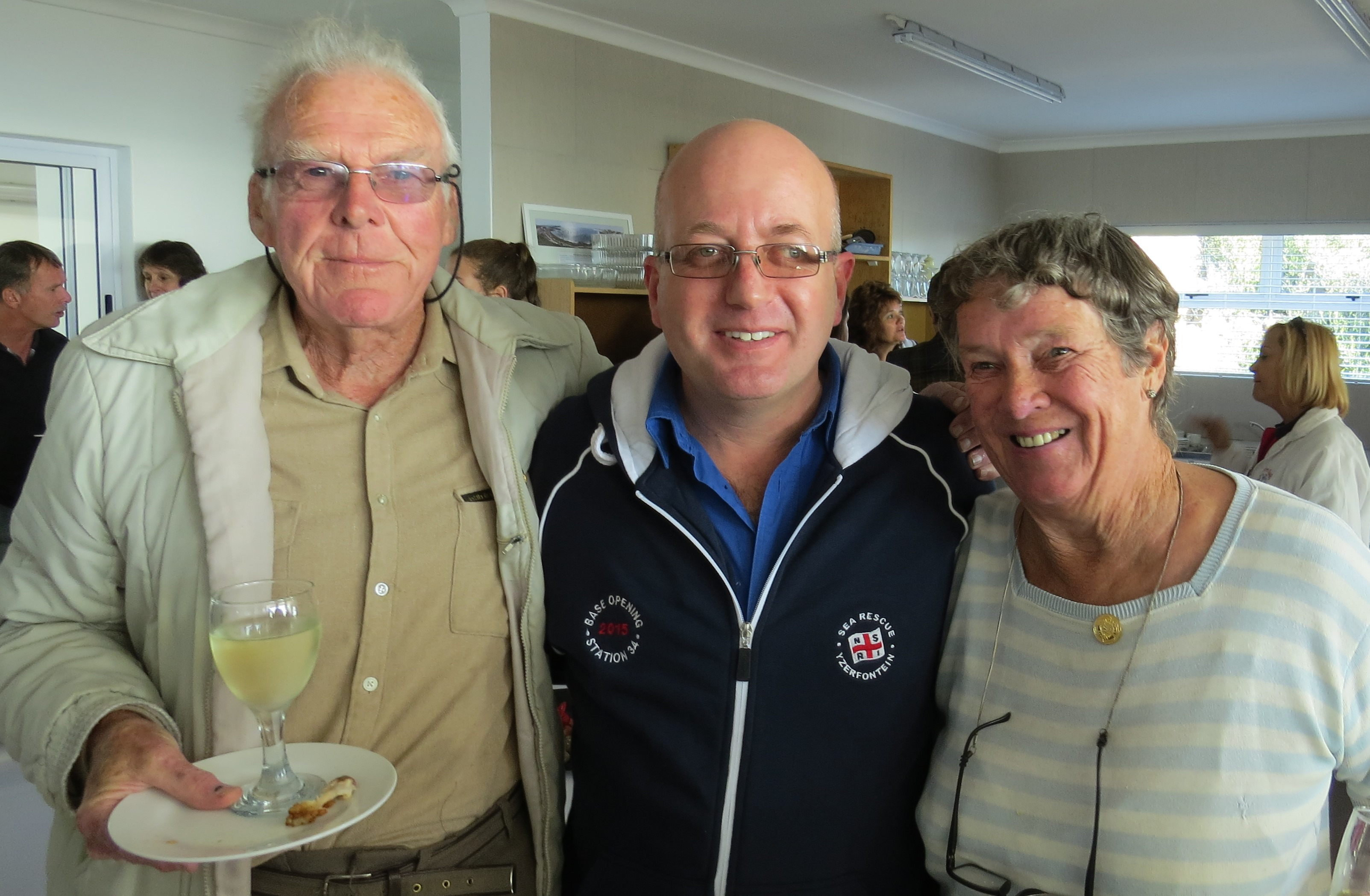 Mr and Mrs Clarkson of Yzerfontein with former Station Commander, Rudi Rogers