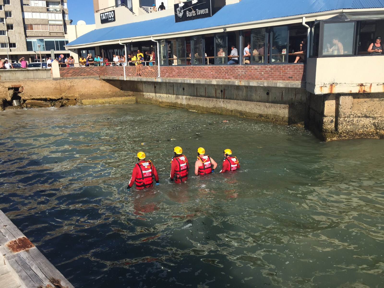 NSRI volunteers search for the missing teenager. Picture Ryan Holmes/ NSRI