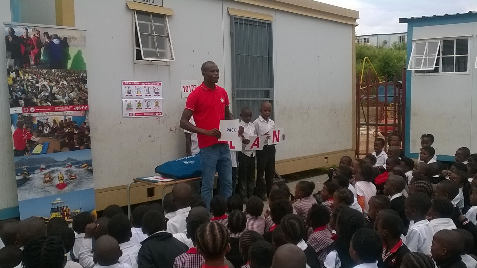 Percy teaches the children how to make a WaterWise PLAN
