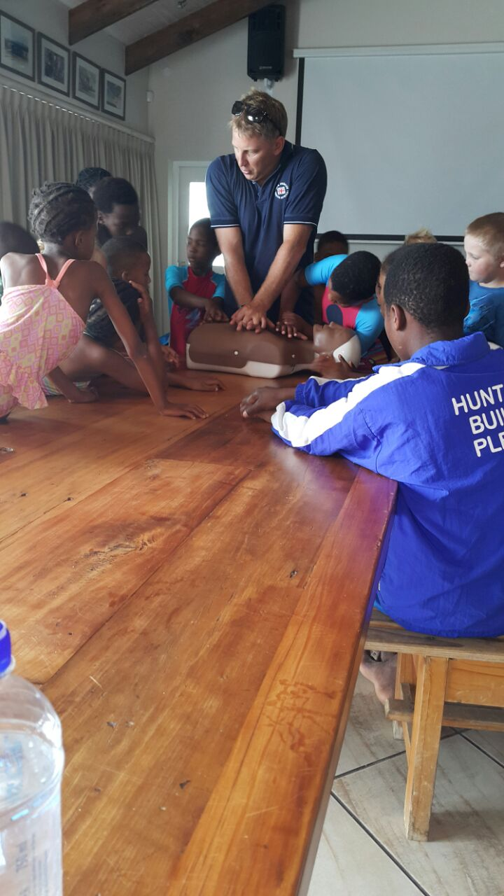 Plettenberg Bay crewmember, Ross demonstrating CPR