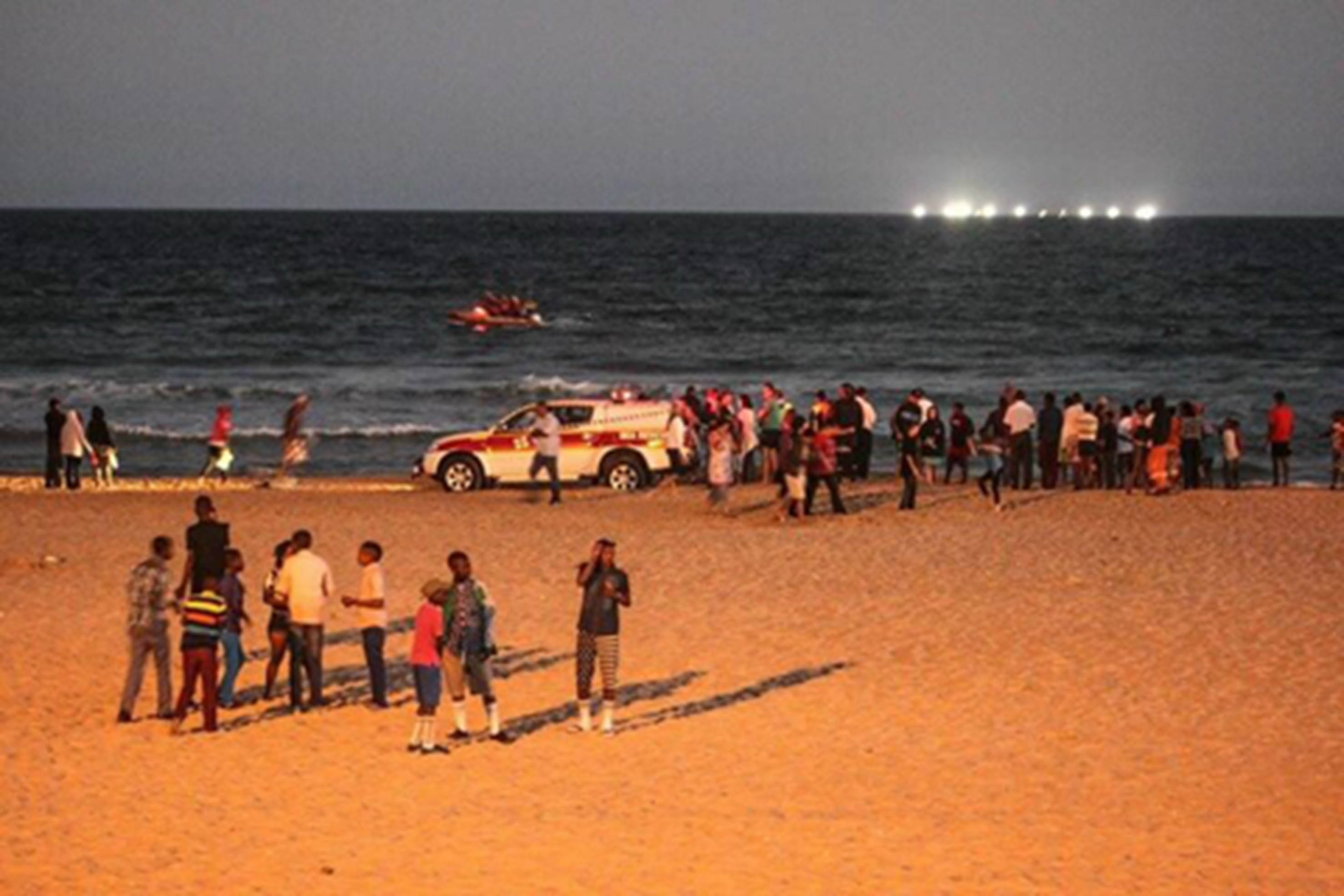 NSRI volunteers search for the missing man at Jeffreys Bay.