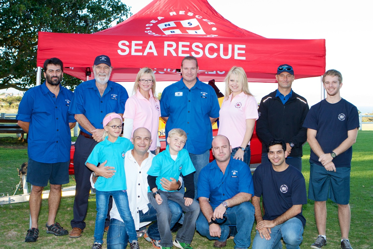 Jeffrey's Bay Crew, Controllers and Trainees who were present on the day.