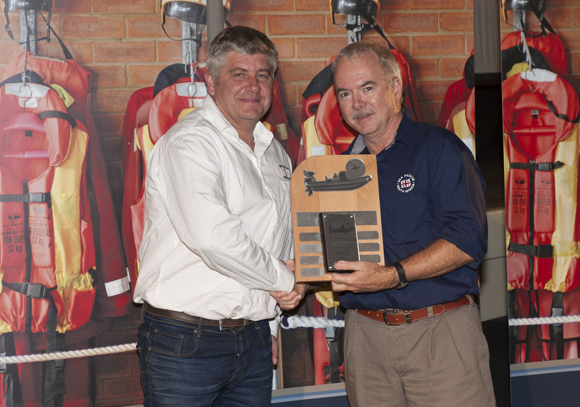 Jerome Simonis received the Best RIB station award for Station 12, Knysna, presented by Operations Director Mark Hughes.