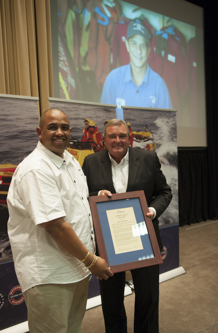 Robin Fortuin was unable to attend the ceremony where he was awarded a Silver Gallentry Award. Mario Fredericks received the award on his behalf.