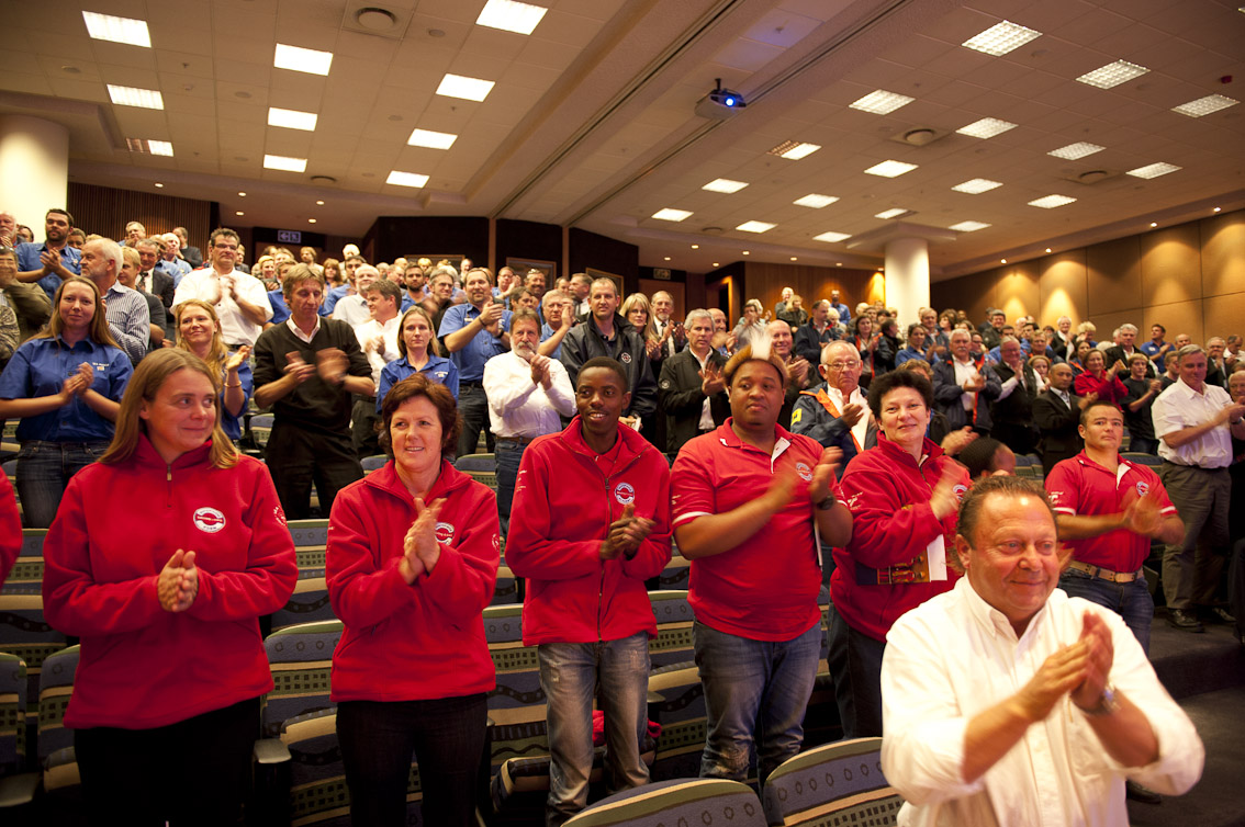 A standing ovation for outgoing CEO Ian Wienburg.