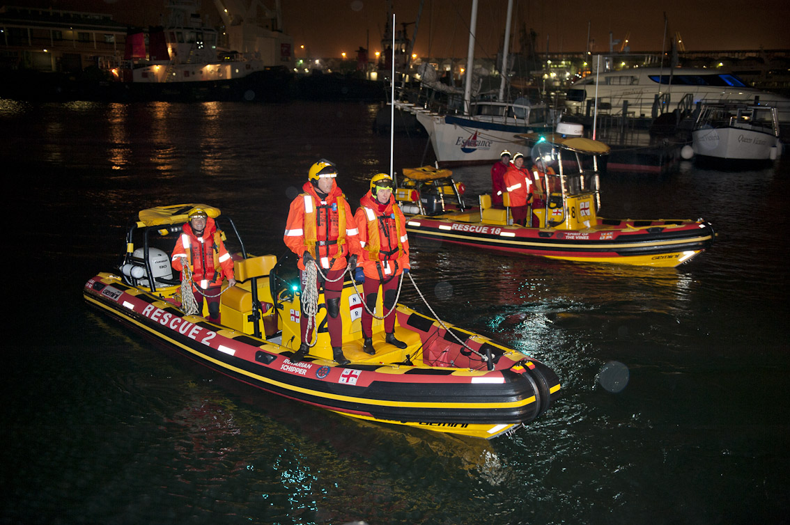 The Sea Rescue boats Rotarian Schipper and Spirit of the Vines enter Table Bay after the rescue.