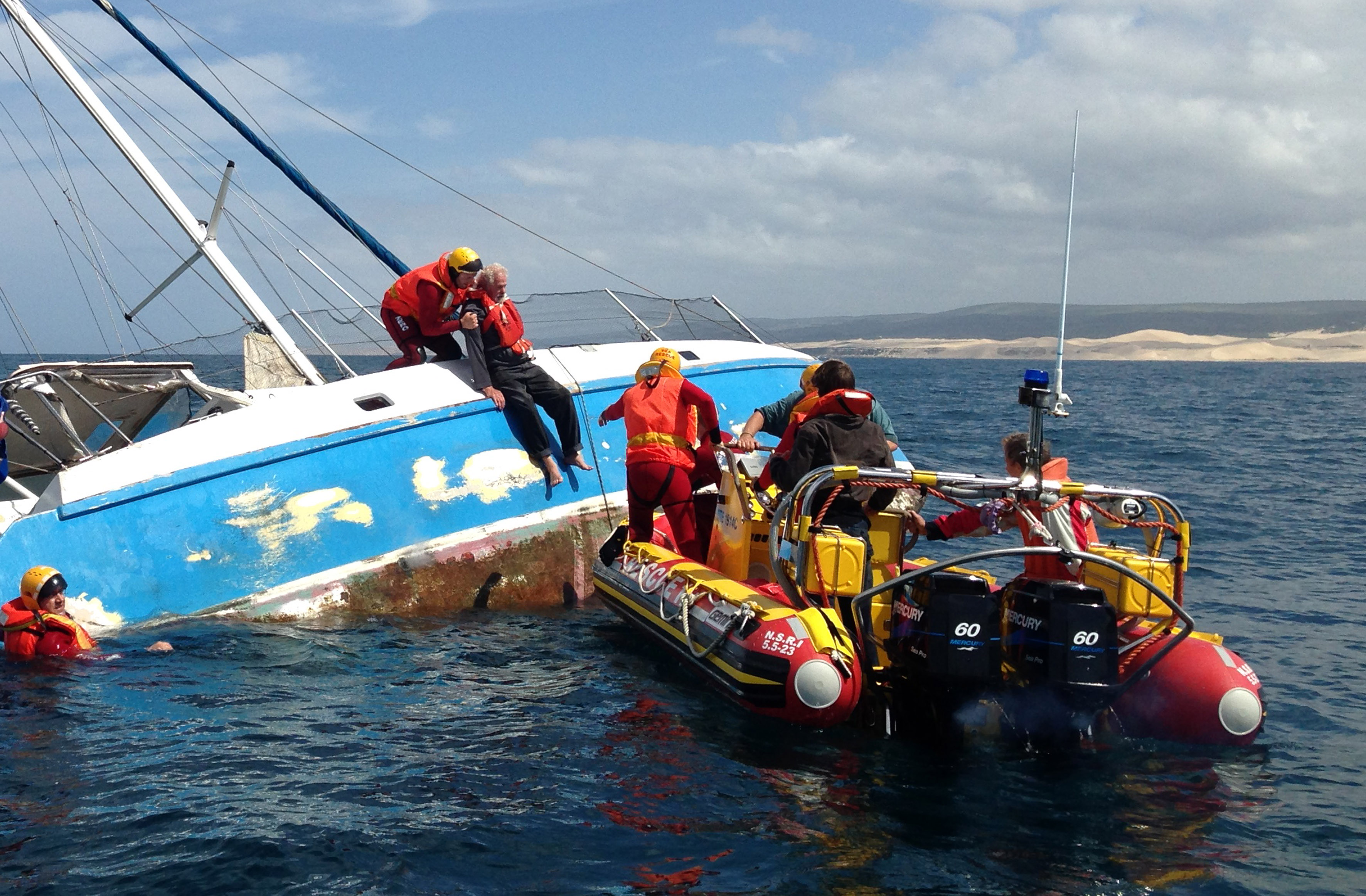 At 07h38 on Thursday the 03rd of October Port Alfred volunteers were activated following reports of the yacht HLANGANA taking water and sinking with seven crew onboard 4 nautical miles west of Boknes, in the Eastern Cape. Picture Keryn van der Walt / NSRI.