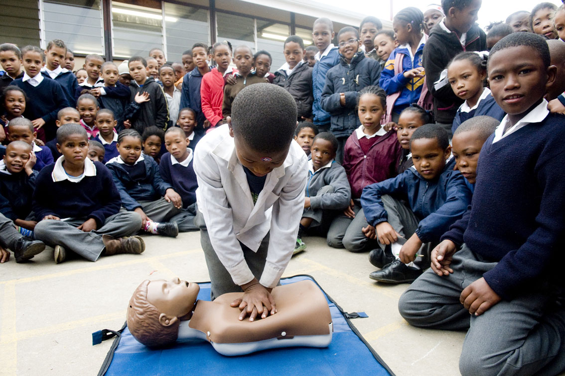 Nigel Barends, 11 years old, trying CPR, Rheenendal Primary.