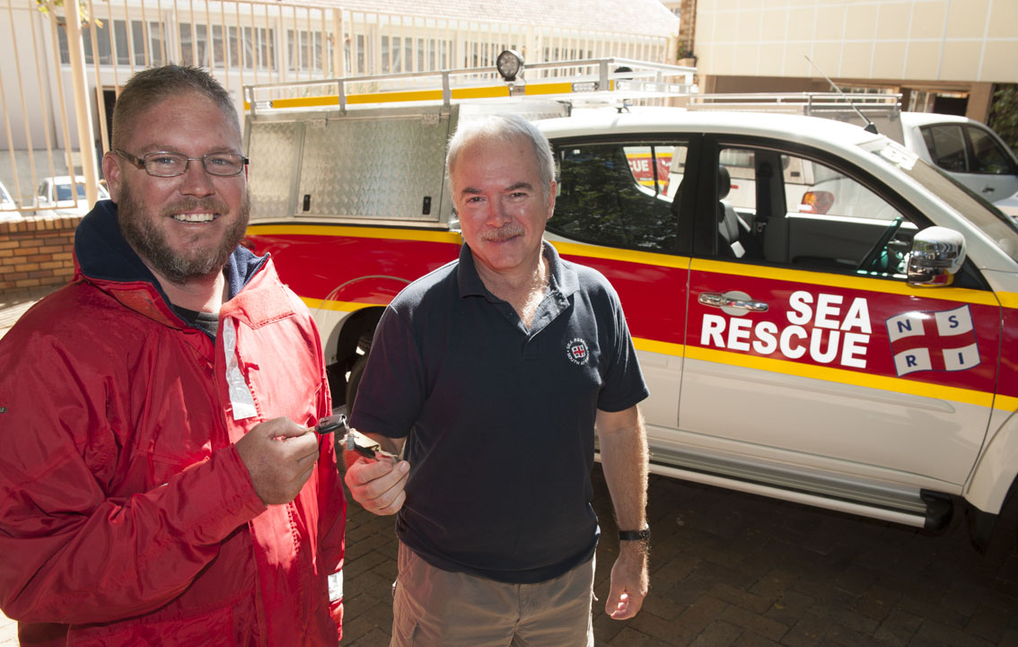 Morne and Mark with the new Mykonos Rescue vehicle.
