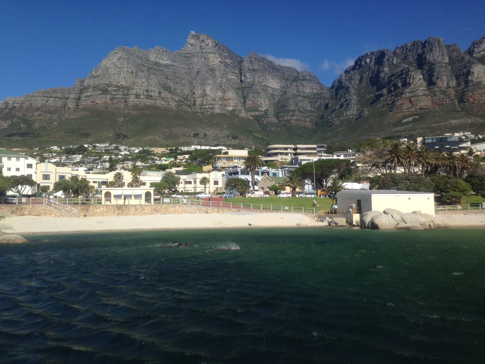 NSRI volunteers in the Camps Bay tidal pool searching for the missing man.