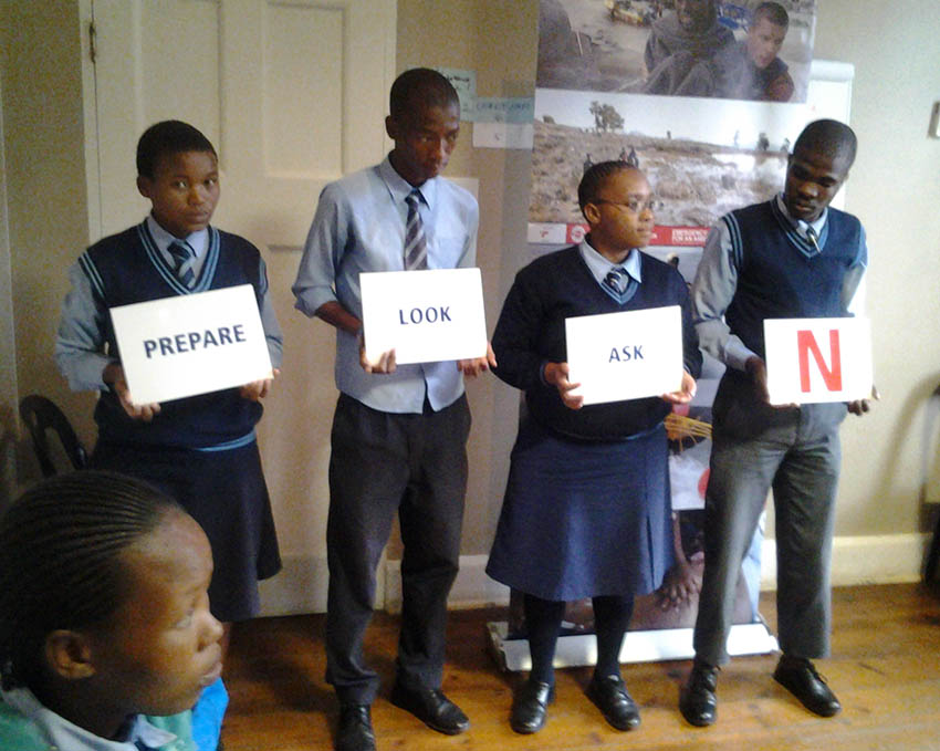 Mphezeni High School children learn the WaterWise PLAN.