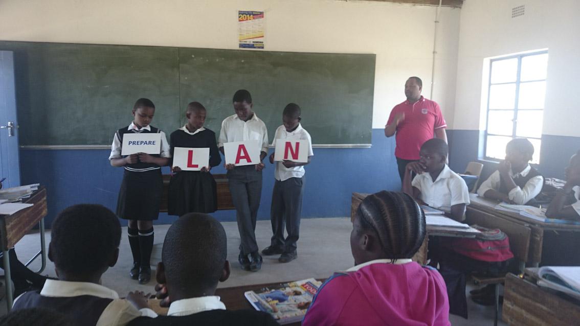 Lwazi teaches the WaterWise PLAN
