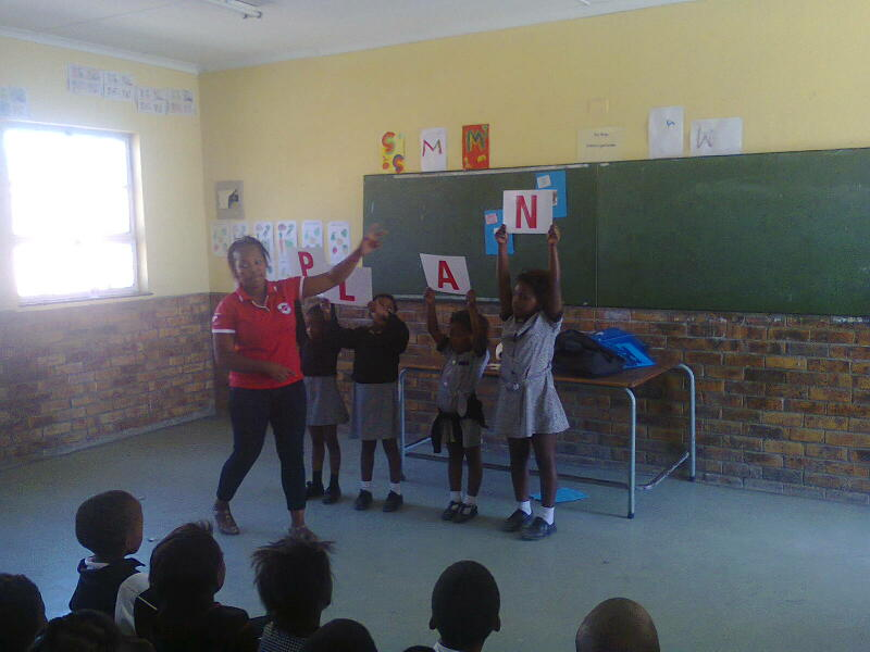 Zanele in action teaching the WaterWise PLAN.