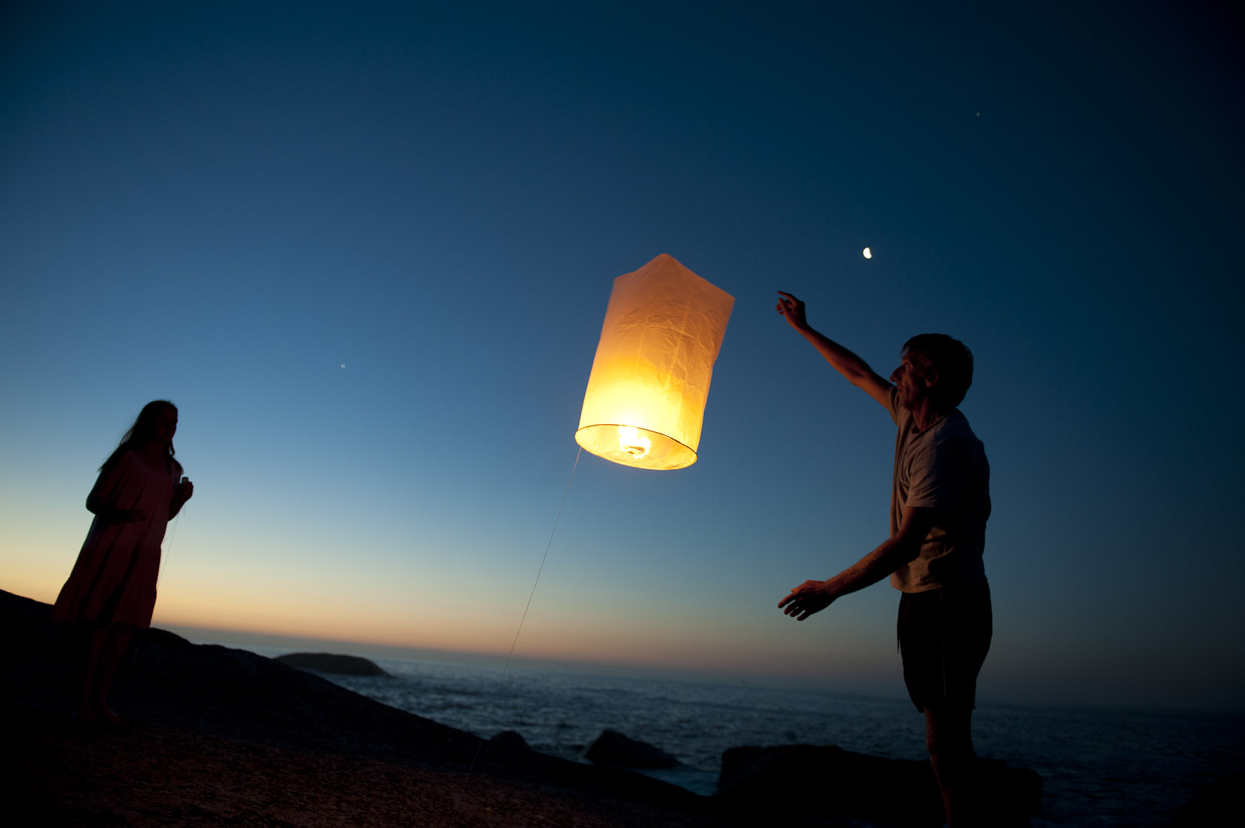 Sky lanterns at Bakoven. Picture Andrew Ingram/NSRI